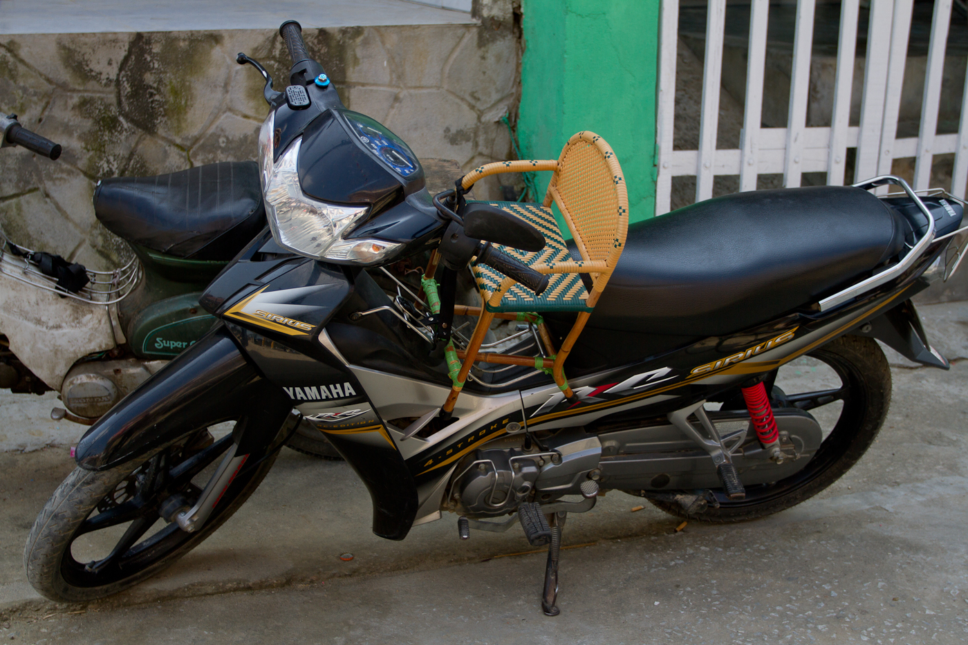 A child seat for a motorbike!