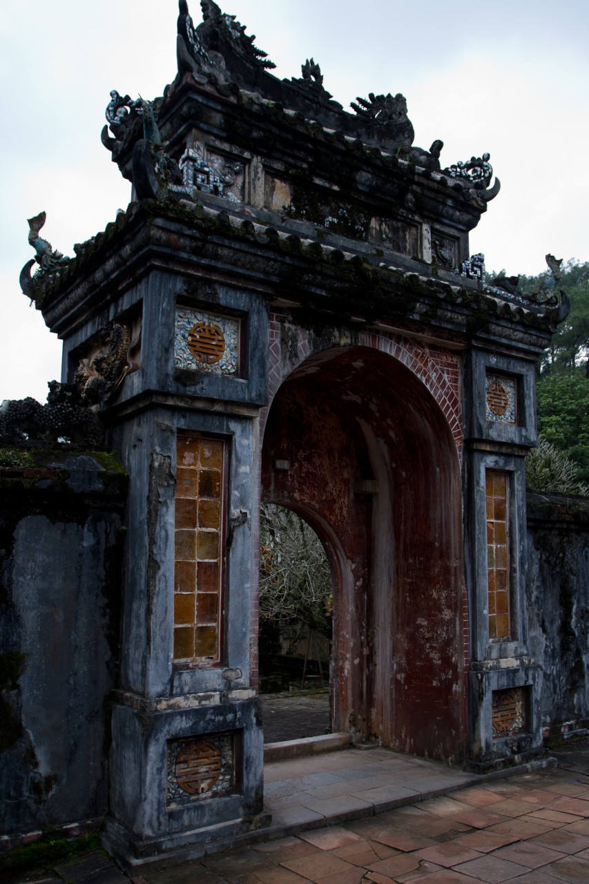 Gate at the Tuc Doc in Hue