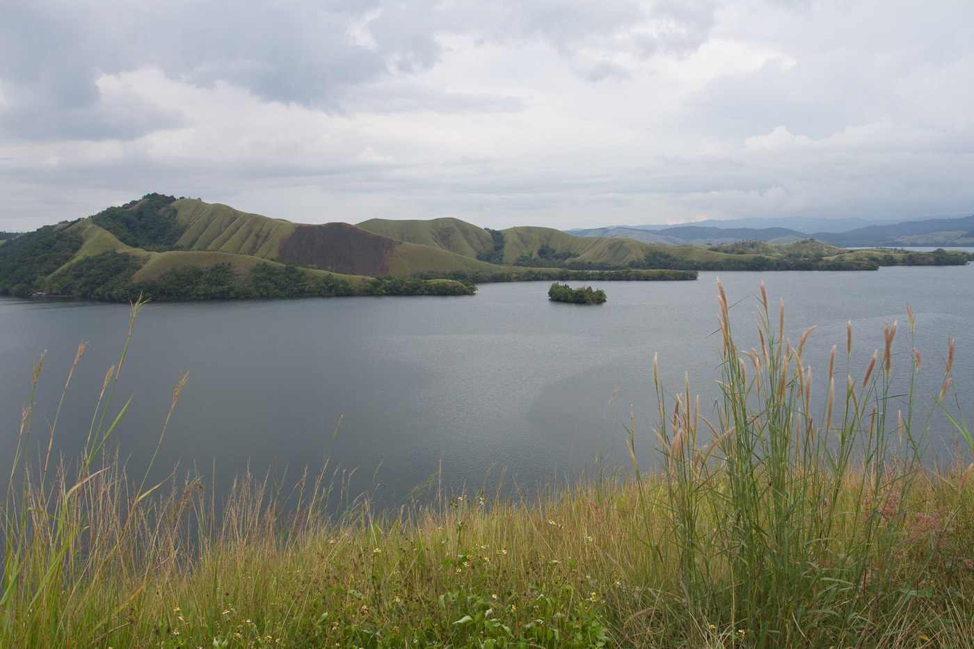 View over the Danau Sentani Lake on the way to Nimbokrang.