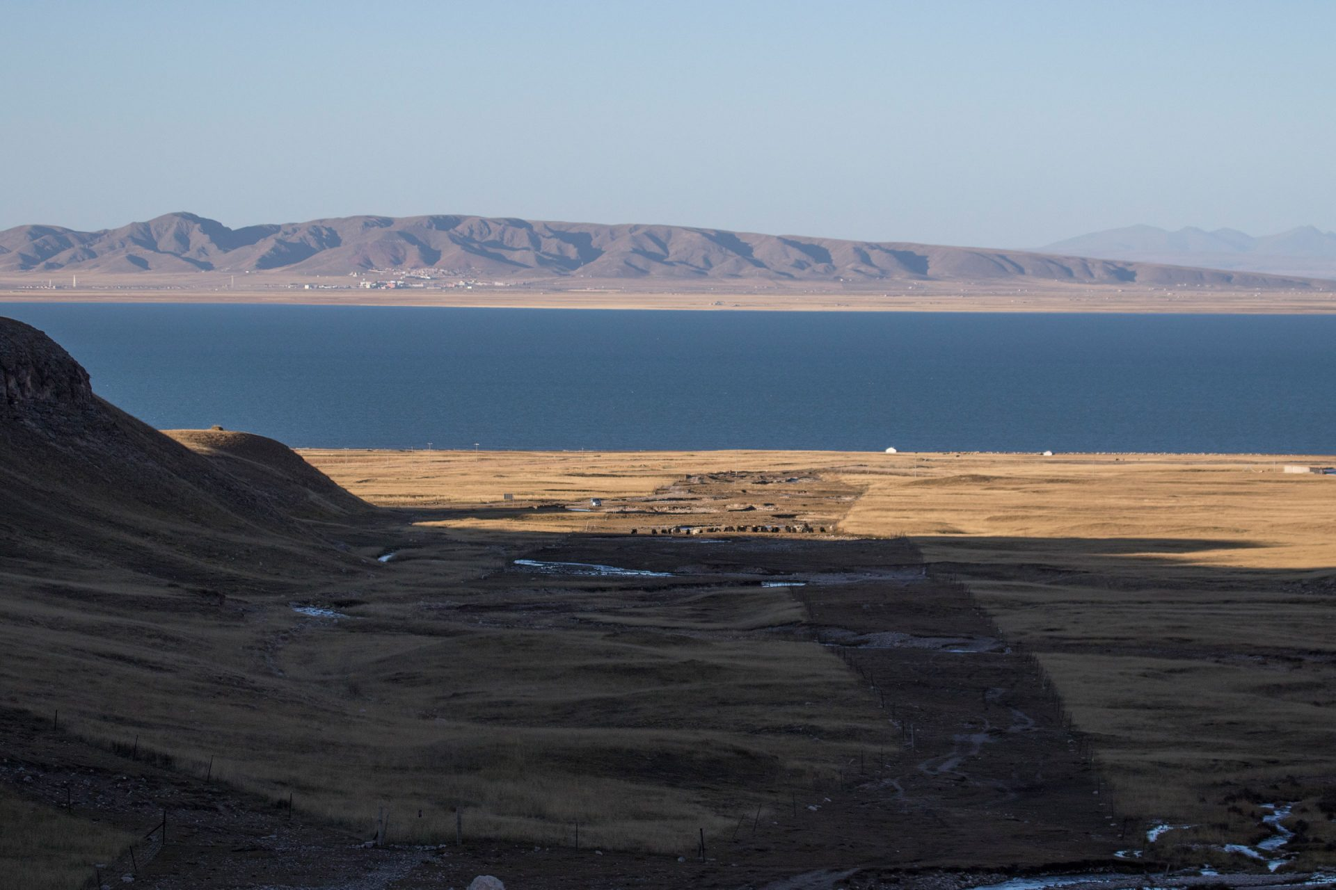 LL6A2895_lake_qinghai_china